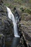 Wasserfall in Schlagloch-Park 4 Lizenzfreies Stockfoto