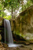 Wasserfall in Schwarzweiss Lizenzfreie Stockfotografie