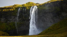 Wasserfall Seljalandfoss Island lizenzfreie stockfotos
