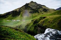 Wasserfall Skogafoss in Island Lizenzfreie Stockbilder