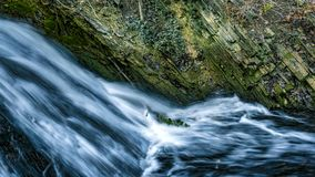 Wasserfall, still sprudelndes Wasser Lizenzfreie Stockfotografie