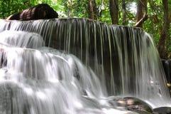 Wasserfall, Thailand lizenzfreie stockfotografie