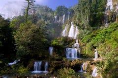 Wasserfall Thi Lo SU. Stockbilder