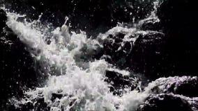 Wasserfall in Viktoriapark in Berlin Kreuzberg am 25. Juni 2015, Deutschland stock video footage