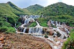 Wasserfall vom Berg Lizenzfreies Stockbild