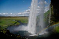 Wasserfall von hinten Lizenzfreie Stockbilder