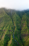 Wasserfall weg von Mt Waialeale in Kauai Lizenzfreies Stockfoto