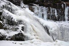 Wasserfall zu Icefall lizenzfreie stockfotografie