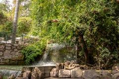 Wasserfallbrunnen Cerros San Bernardo Hill - Salta, Argentinien stockbilder