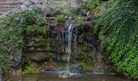 Wasserfallbrunnen in Turin-Park stockfotos