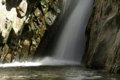 Wasserfalldetail mit langer Belichtung lizenzfreies stockfoto