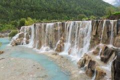 Wasserfalljade-Schneeberg Stockfoto