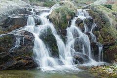 Wasserfalllandschaft Lizenzfreie Stockfotografie