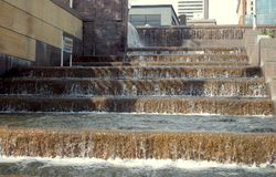 Wasserfallschritte stockfotos