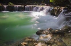 Wasserfallszene Lizenzfreies Stockbild
