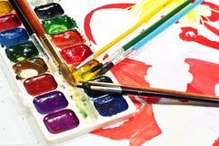 Wasserfarbe malt und Pinsel Lizenzfreies Stockfoto