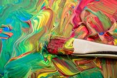 Wasserfarbhintergrund mit Bürste Stockbilder