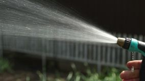 WasserFarbspritzpistole für Bewässerungsanlagen stock video