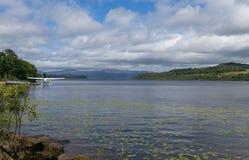 Wasserflugzeug auf Loch Lomond Lizenzfreie Stockbilder