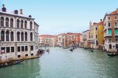 Wasserkanal in Venedig Stockbilder