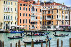 Wasserkanal in Venedig Italien Stockfotos