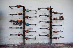 Wasserleitungssystem auf der Wand Lizenzfreies Stockfoto