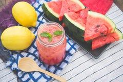 Wassermelone Smoothieerfrischung geschmackvoll vom Sommer, das Gesundheit benefi Lizenzfreies Stockfoto