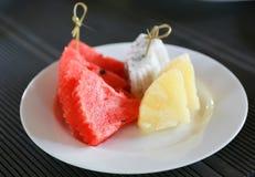 Wassermelone und Ananas Stockfoto