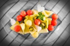 Wassermelonekugeln und -kiwi lizenzfreies stockfoto