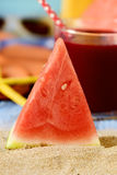 Wassermelonen-, smothie- und Sommermaterial lizenzfreies stockbild