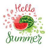 Wassermelonen und Beschriftungshallo Sommer Stockbild