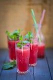 Wassermelonengetränk mit Minze Stockfotografie