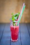Wassermelonengetränk mit Minze Lizenzfreie Stockfotos