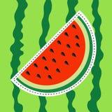 Wassermelonenscheiben-Aufkleberikone Flaches Design Schneiden Sie halbe Samen Süße Wassermelone Rotes Fruchtbeerenfleisch Natürli lizenzfreie abbildung