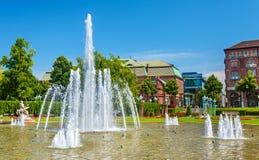 Wasserspiele fontanna na Friedrichsplatz kwadracie w Mannheim - Ge Obrazy Stock