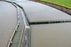 Wasserstromfiltrations-Sedimentbildungsstadium in der Anlage Lizenzfreie Stockbilder