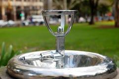 Wassertrinkwasserbrunnen stockfoto