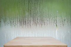 Wassertropfen auf Glas nachdem dem Regnen Weicher Fokus Lizenzfreie Stockfotos