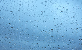 Wassertropfen auf Glasfenster XXL Stockfotografie