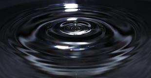 Wassertropfenaufprallen Stockbild