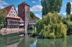 Wasserturm über Pednitz Lizenzfreie Stockfotos