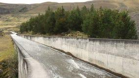 Wasserverdammung stock video