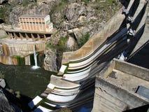 Wasserverdammung Lizenzfreies Stockfoto