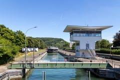 Wasserverschluß in Basel, die Schweiz Stockfotografie