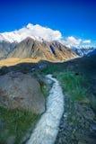 Wasserweise vom Gletscher Stockbild