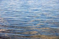 Wasserwelleneffekte lizenzfreie stockfotografie