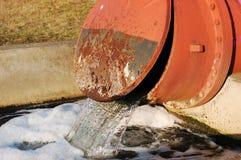 waste vatten för rør Royaltyfria Foton