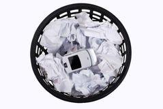 Wastepaper com papéis e telefone imagens de stock royalty free