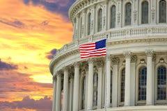 Waszyngtoński USA Capitol na dramatycznym nieba tle obrazy royalty free