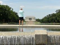 Waszyngton, DC - Czerwiec 01, 2018: Ludzie blisko Lincoln pomnika Obrazy Royalty Free